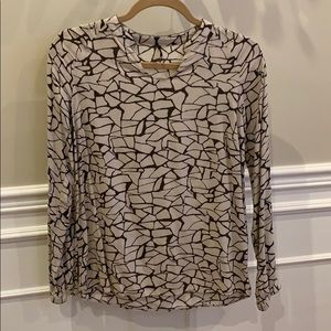 Sophisticated soft print blouse